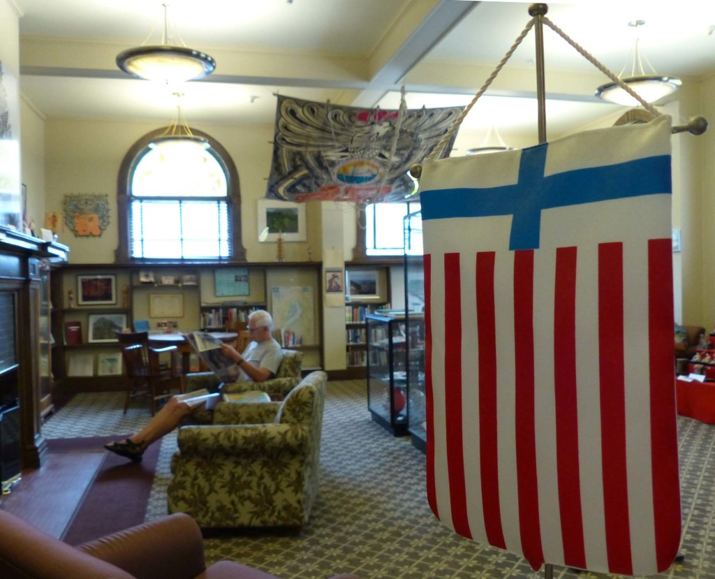 A Finland/America banner at the entrance to the Sister City display in Marquette, Michigan.